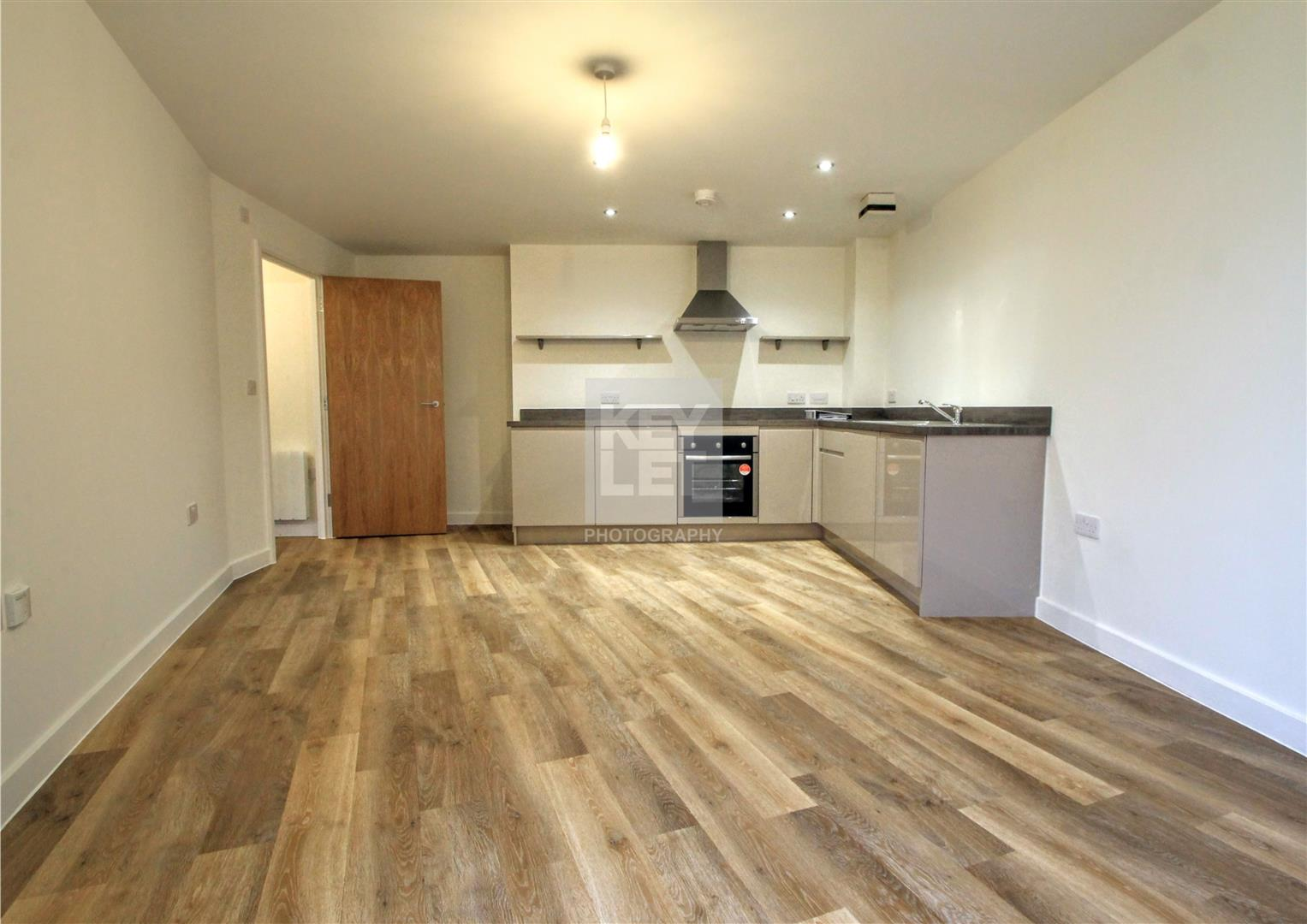 1 Bedroom Apartment Flat for sale in Cadogan House, Cardiff Bay